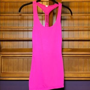 Under Armour heat gear, pink tank top, Size S